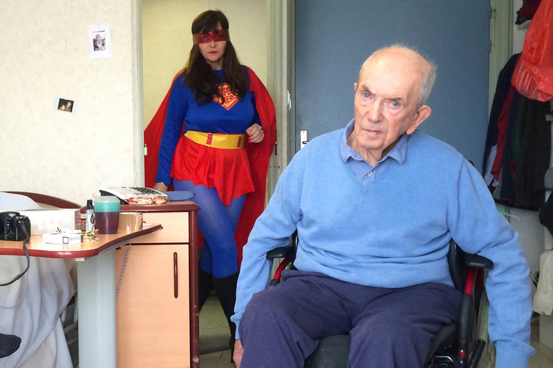 Wonder woman enterre son papa©D.R.