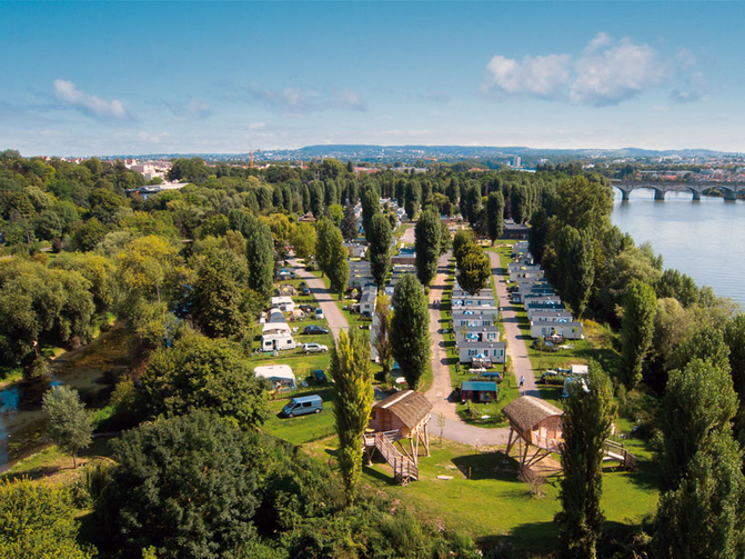 Week end famille au camping maisons laffitte yvelines for Sortir yvelines week end