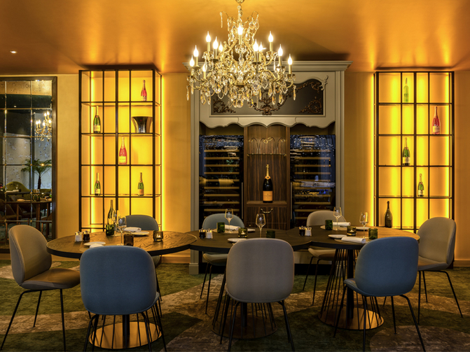 Restaurant l'Alcove Versailles  © Le Louis Versailles Chateau - MGallery By Sofitel