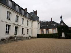 Façade du château de Mauvières
