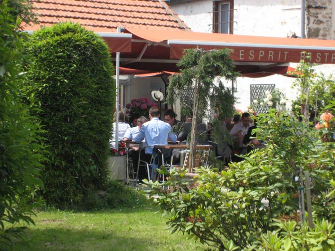 Restaurant la chalosse guyancourt yvelines tourisme for Restaurant yvelines avec jardin