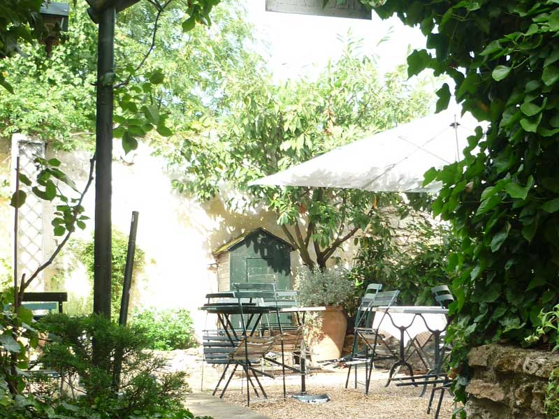 Restaurant salon de th le cottage de marly yvelines for Restaurant terrasse jardin yvelines